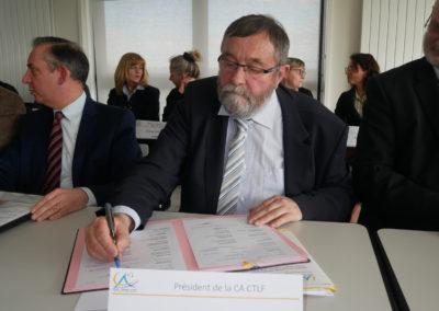 Signature contrat de ville
