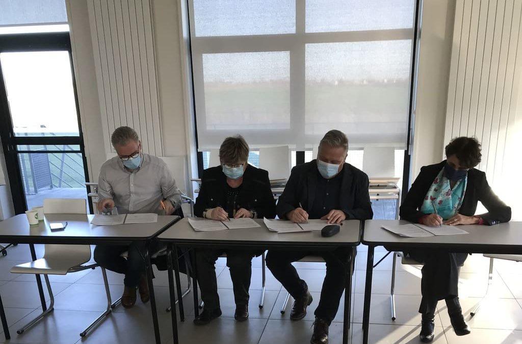 Signature réseau de proximité des finances publiques - Communauté d'Agglomération Chauny Tergnier La Fère